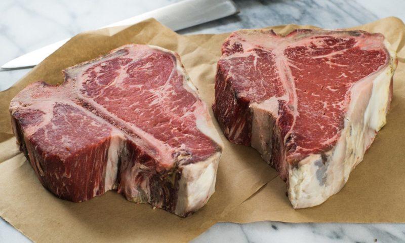 Cose da sapere sulla frollatura: per veri amanti della carne